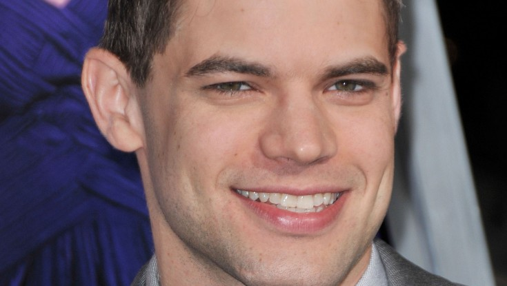 Jeremy Jordan Makes a 'Joyful Noise'