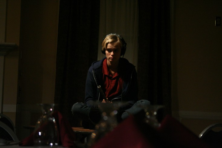 Sara Paxton Checks In with 'The Innkeepers' – 3 Photos