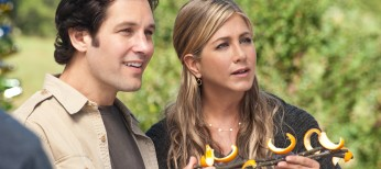 Jennifer Aniston Goes Au Naturel in 'Wanderlust' – 4 Photos