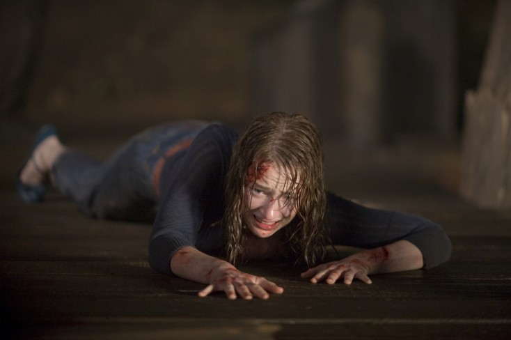 Goddard Checks in to 'Cabin in the Woods' – 4 Photos