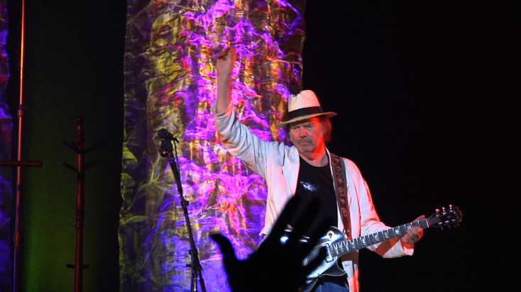 'Neil Young Journeys' on DVD – 2 Photos