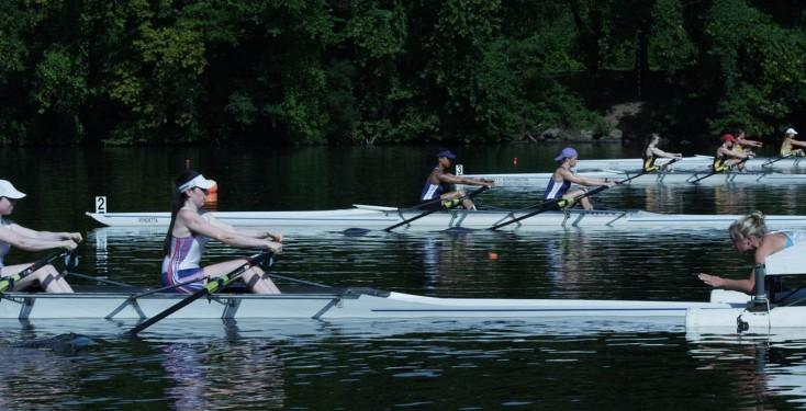 Back to the Water for James Van Der Beek – 4 Photos