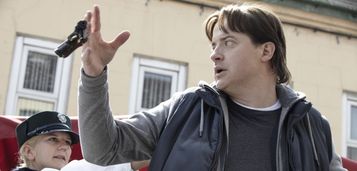 Brendan Fraser: On the Run and Out of this World – 4 Photos