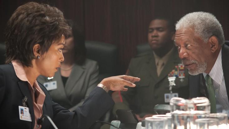 Morgan Freeman Takes Charge in 'Olympus' – 3 Photos