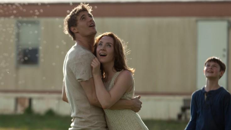 Saoirse Ronan At Core of Sci-Fi Thriller – 3 Photos