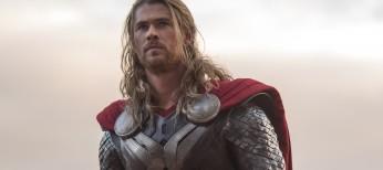 Hemsworth, Hiddleston Revel in Onscreen Sibling Rivalry – 4 Photos