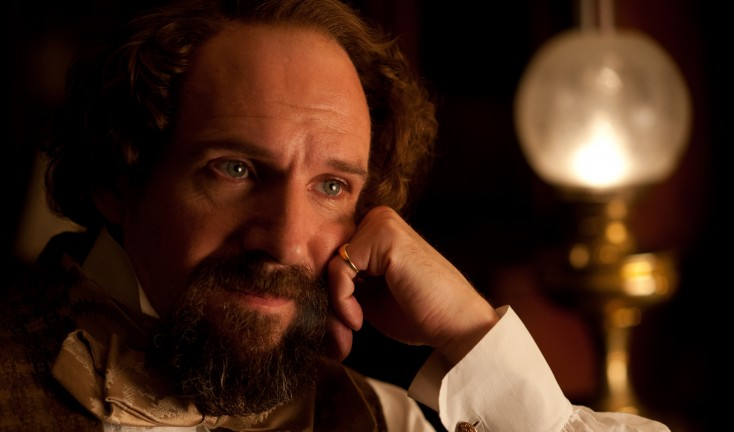 Ralph Fiennes Sheds Light on Dickens – 3 Photos
