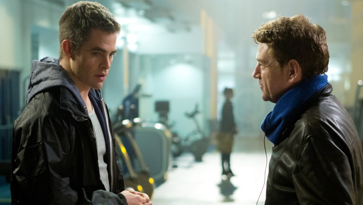 EXCLUSIVE: Kenneth Branagh Helms and Tackles Bad Guy Role in 'Jack Ryan' – 4 Photos
