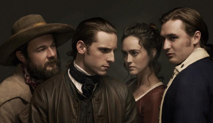 Jamie Bell Leaps Into Revolutionary War Series 'Turn' – 3 Photos