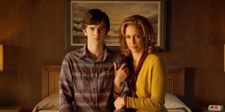 Freddie Highmore Talks 'Bates Motel' Season Finale