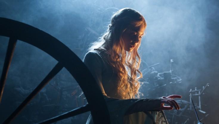 Elle Fanning is the Beauty in 'Maleficent'