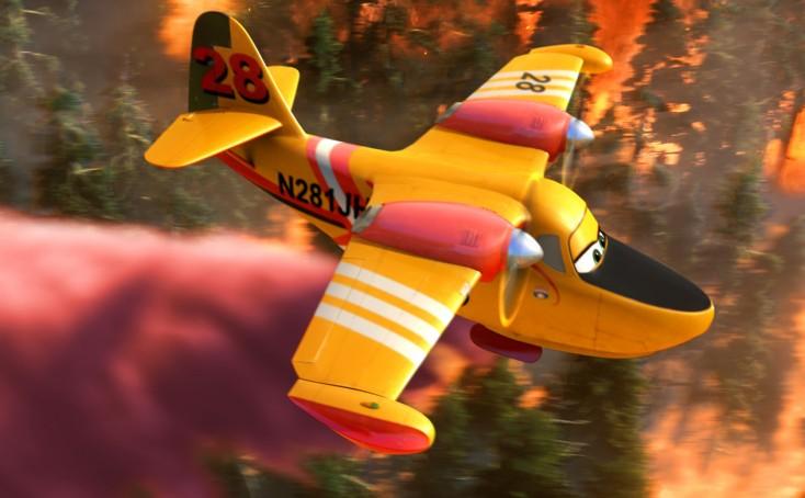 Julie Bowen Soars with 'Planes: Fire & Rescue' – 4 Photos