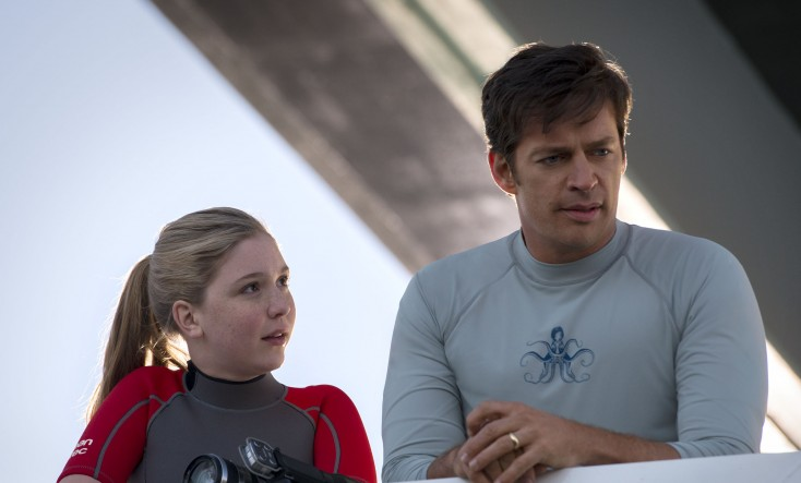 Harry Connick Jr. Dives Back in for Another Chapter of 'Dolphin Tale' – 3 Photos