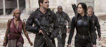 Liam Hemsworth Gets in on the Action in 'Mockingjay' – 3 Photos