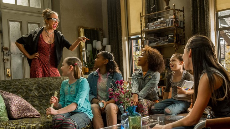 Cameron Diaz Gets Wickedly Musical in 'Annie'