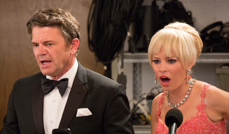 Photos: Elizabeth Banks Wears Two Hats in 'Pitch Perfect' Sequel