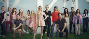 Emma Roberts Reigns in 'Scream Queens'