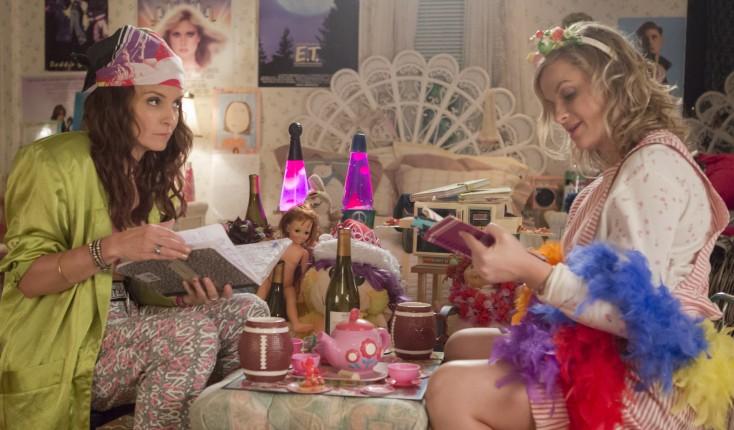 Photos: Raunchy 'Sisters' Semi-Succeeds Thanks to Tina Fey, Amy Poehler