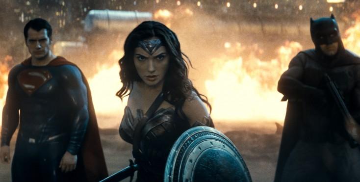Cavill, Affleck Go Mano-a-Mano in 'Batman v Superman'