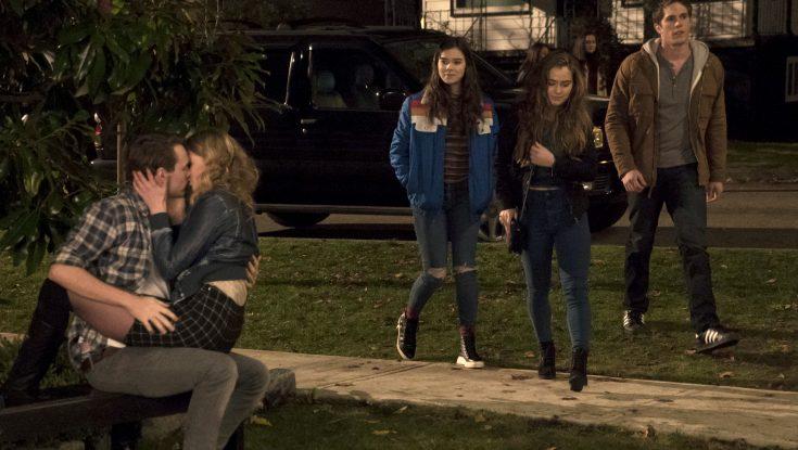 Photos: Hailee Steinfeld Gets Awkward in 'Edge of Seventeen'