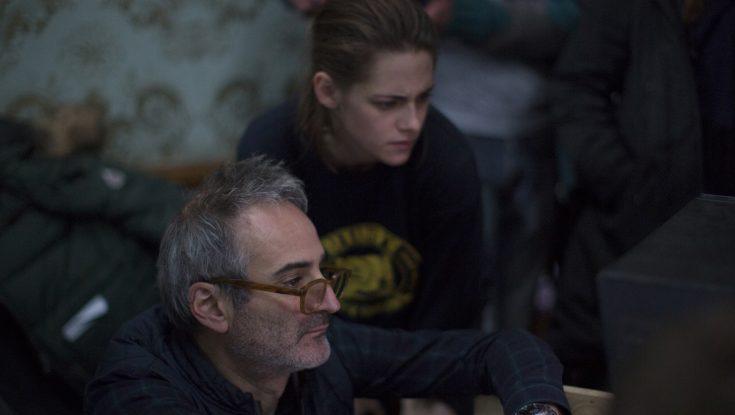 Photos: Kristen Stewart Reunites with French Filmmaker for Thriller 'Personal Shopper'