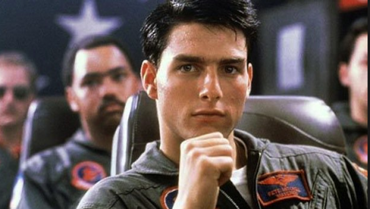 Take a Bigscreen Virtual Ride with Tom Cruise in 'Top Gun'