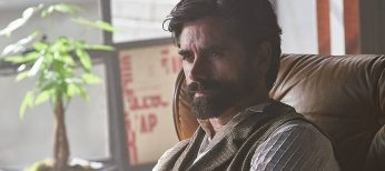 Photo: John Stamos Plays Shrink on Lifetime's 'You'